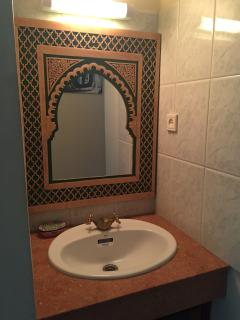 Traditional Moroccan Mirror on the hallway sink