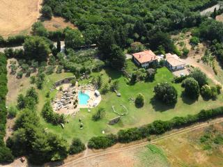 Villa delle Stelle - Splendid Villa near Tuscany Coast with Pool Retreat, Terraces, and Countryside, Capalbio