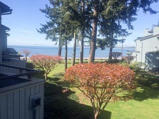 Jacobs Landing 116 View 2 Bedroom Condo, Birch Bay