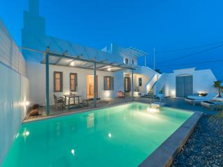 White Village- Two Bedroom Villa with private pool, Lachania
