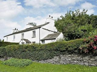 CLOVERDALE COTTAGE, Crosthwaite