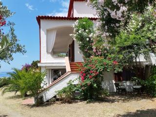 Mansarda in villa panoramica terrazzo-giardino 45 mq esclusivo, 3 km dalle terme