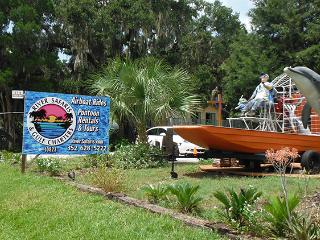 Treehouse Old Homosassa/River Safaris (waterfront)