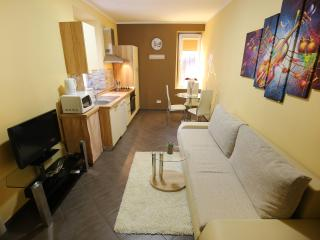 Allegro Exclusive Suites - Clover apartment