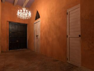 Wonderful 4 Bedroom House in Old Town, Cartagena
