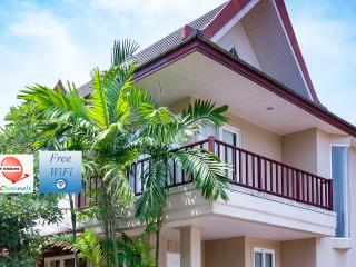 Villa on the beach, Baan Talay Samran