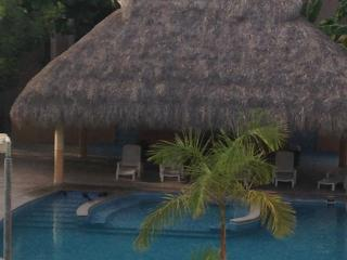 iEclectic Condo!*Your Home*Huatulco