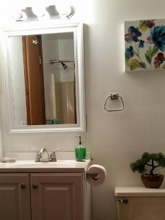 Full  shared  Bathroom w tub/second floor