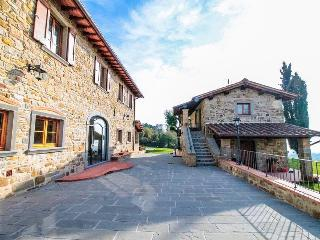 QUATA TUSCANY COUNTRY HOUSE ROMENA
