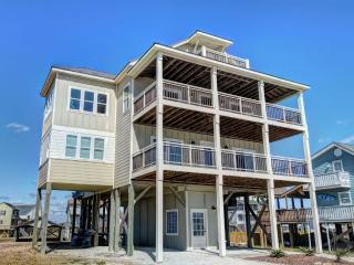 New River Inlet Rd 1597 | Canal Home | Unobstructed Ocean View | Perfectly Decorated, Sneads Ferry