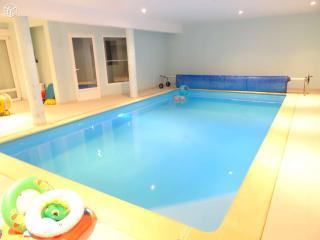 Gîte tout confort avec piscine intérieure, Launois-sur-Vence