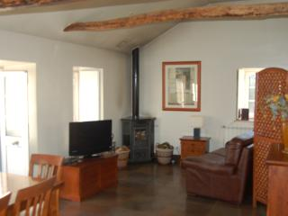 This is apartment 1 of 5 available for your stay., Penela