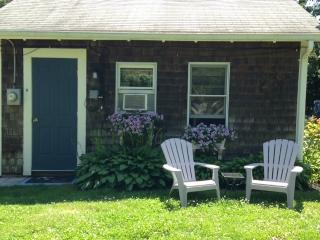 Cape Cod Cottage- Available July 8th., South Yarmouth