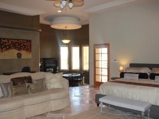 Alameda Master Suite, Albuquerque