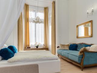 BellaDeLux Apartment