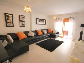 Beautifully furnished beach apartment, La Mata