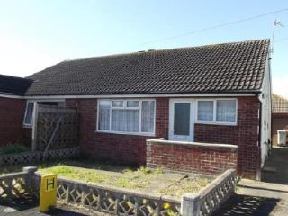 Holiday bungalow inc WiFi and Private Garden, Off road Parking,pets Welcome.