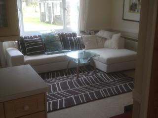 3 Valley Bungalows! Millendreath, East Looe