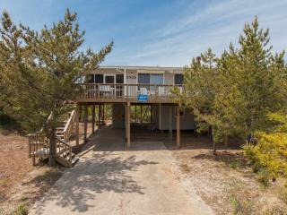 The Brownley Beach Cottage, Virginia Beach