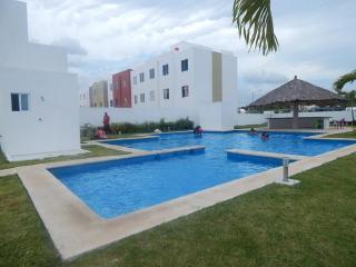 renta vacacional departamento nuevo, Playa del Carmen