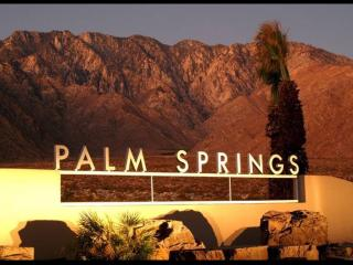 PALM SPRINGS CALIFORNIA come and relax in SUNSHINE