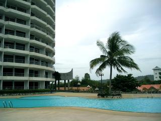 Pool view in Royal Rayong Condominium 100 to beach