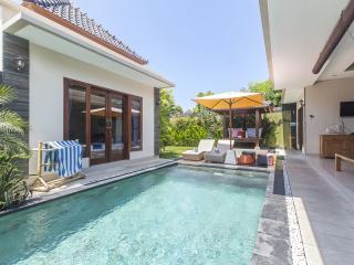 The Pool - Outside Area