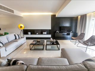 New Luxury Apartment facing the Sea, Parede