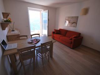 Confortevole Appartamento sulle Alpi Retiche, Civo