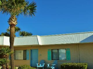 Capri by the Gulf 121, Recently Updated!  Complimentary Beach Service!