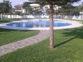 Veramar 3, Bajo con jardin, 100m playa