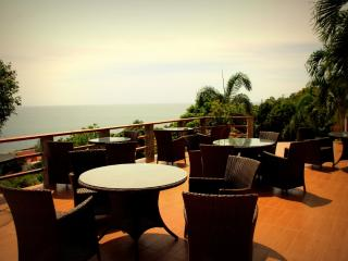Badass Sea View Studio!, Ko Phangan