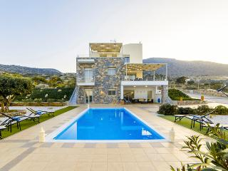 Mint Villa - Brand New Luxury Villa Private Pool, Chersonisos