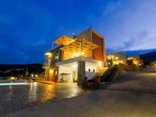 Lavender Villa, Brand New Villa With Private Pool