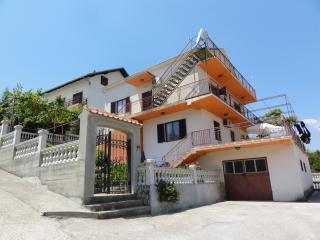 Mio Monte 1 Apartment, Deutscher Standard, 2 Schlafzimmer, grosse Terrasse