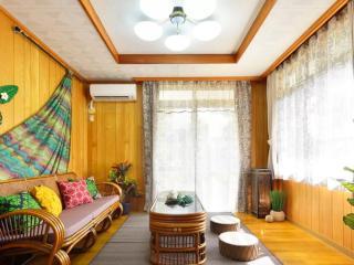 Villa@Beach, Mihama, Chatan-cho