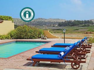 Trinitaria 53 3BDR villa incl Hotel Level Service