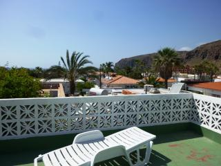 Cottage with 2 bedrooms and a large sun terrace, Palm-Mar