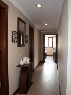 hallway. elegante pasillo