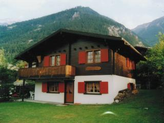 *BEAUTY* SWISS CHALET NEAR LEUKERBAD WITH POOL