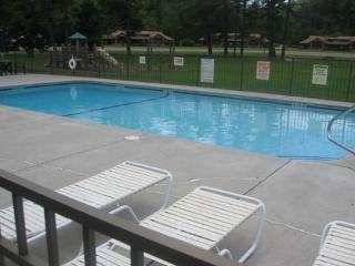 Spectacular 3 Bedroom Condo – Lincoln, Woodstock, Waterville, Loon!!!