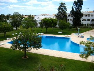 Perfect Location 2 Beds Albufeira Oura Estrela