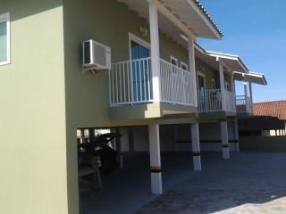 Apartamentos completos para aluguel, Praia do Rosa