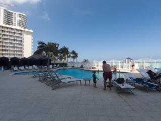 La Perla Ocean Resort Condominiums