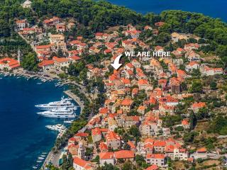 2 + 2 apartment in Old Town Cavtat, Croatia