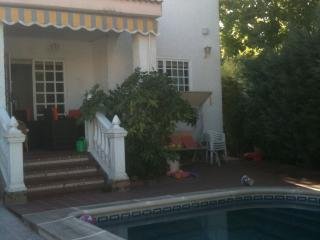 Beautiful white Spanish house with private pool, Sevilla La Nueva
