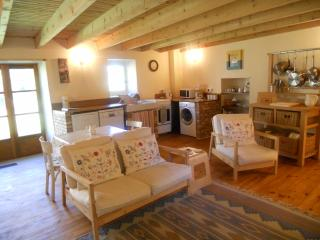 A perfect country holiday gite in the beautiful  Auvergne region Chez Antoinette, Vernet-la-Varenne