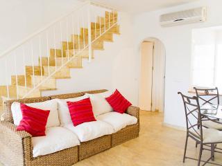 RA228 Duplex de 2 dormitorios a 150 metros del mar