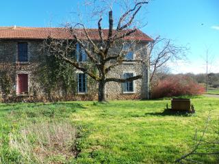 appartement cosy a la campagne, Salles-la-Source