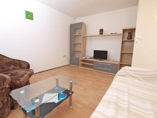 Apartment 4396